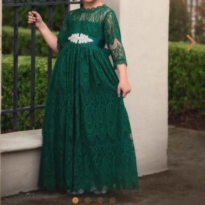 TRISH SCULLY Bella Rafaela emerald lace gown